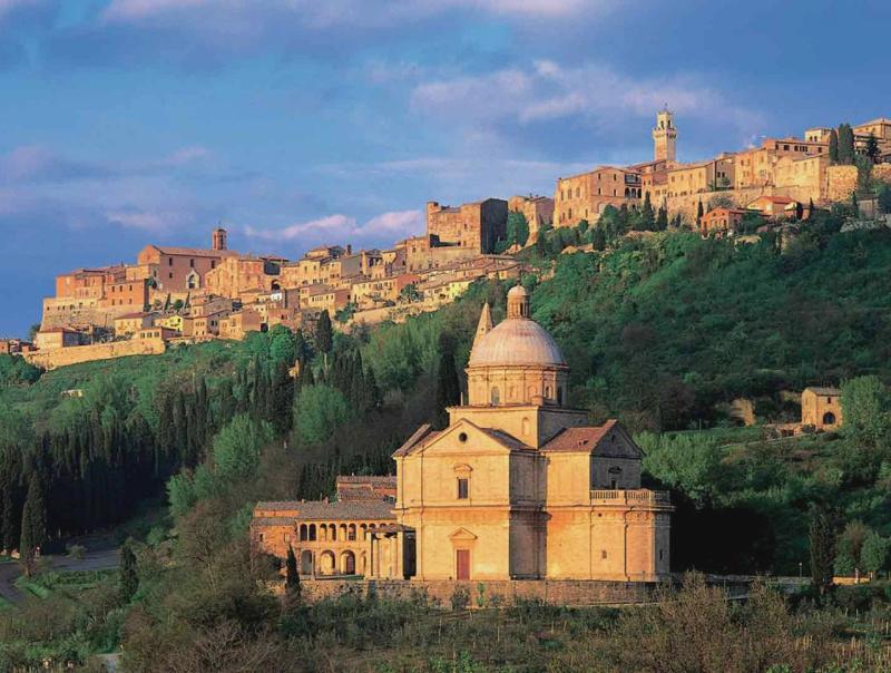 Montepulciano ed il tempio rinascimentale di San Biagio