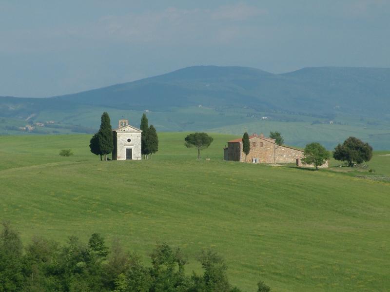 La chiesetta di Vitaleta, tra Pienza e San Quirico